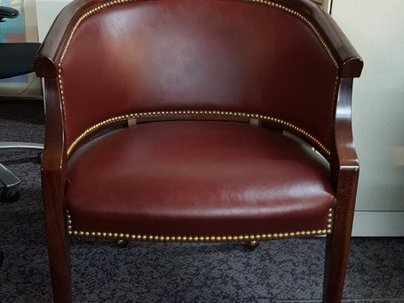 Paoli Executive Guest chairs
