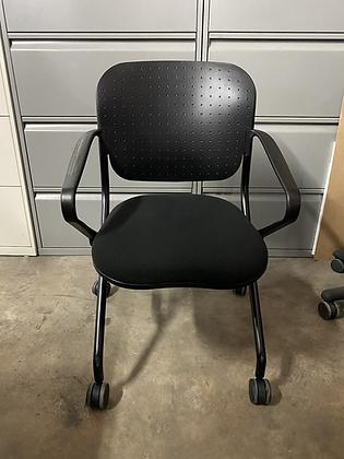 KI torsion nesting chairs