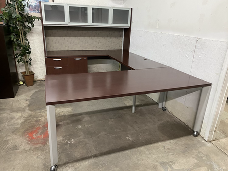 Teknion U shaped desks