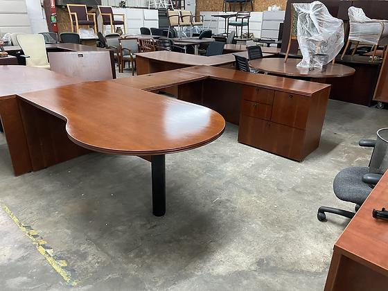 OFS executive U shaped desks