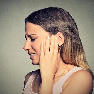 ipoacusia, otorrea, otite, calo dell'udito, vertigini, acufene, sangue, orecco,dolore orecchio