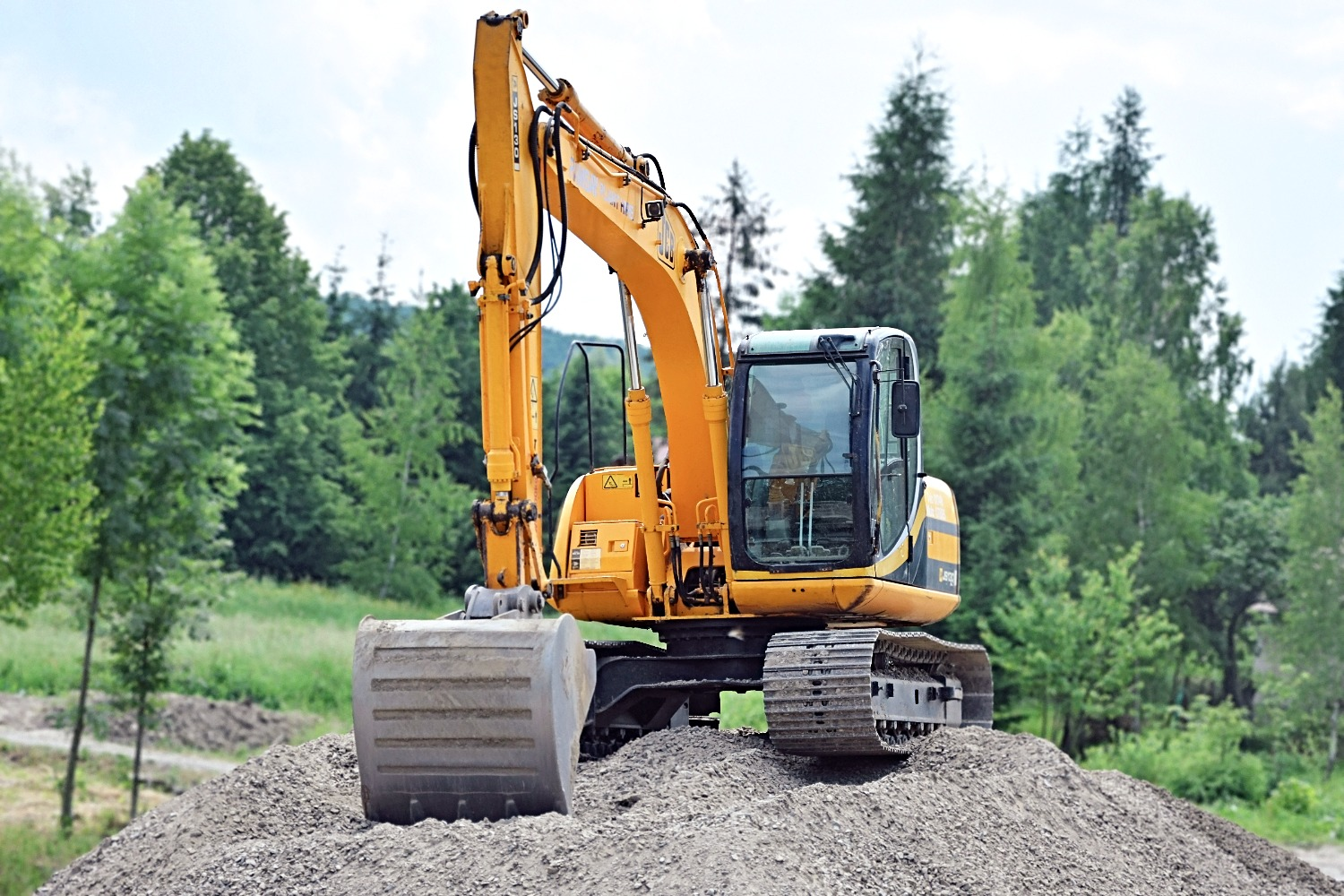 heavy equipment pic1_edited