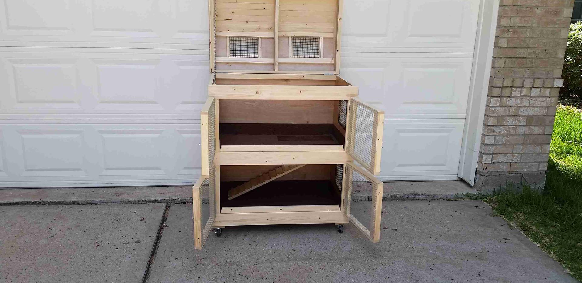 Little House Guinea Pig Cage (7).jpg