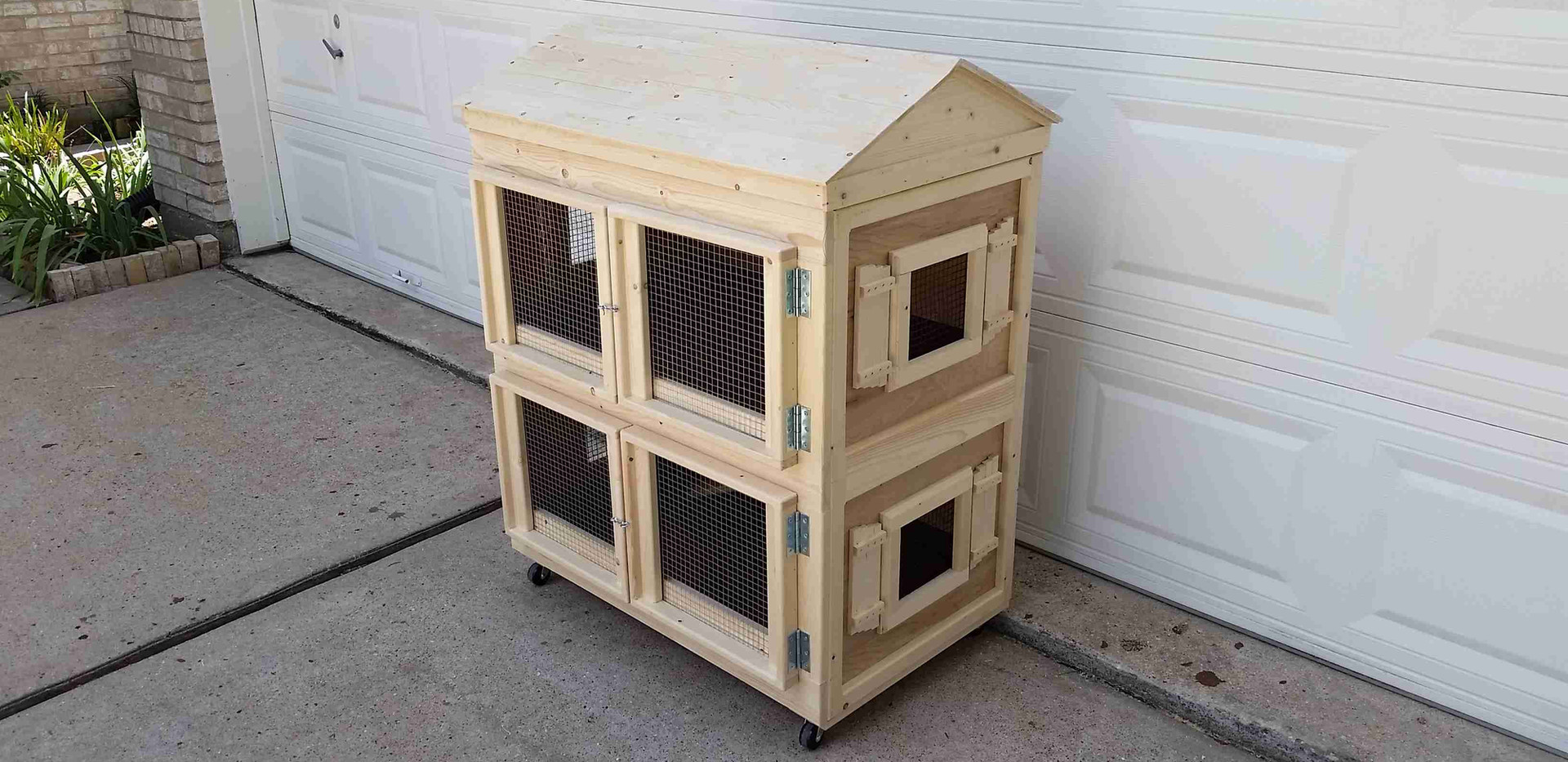 Little House Guinea Pig Cage (3).jpg
