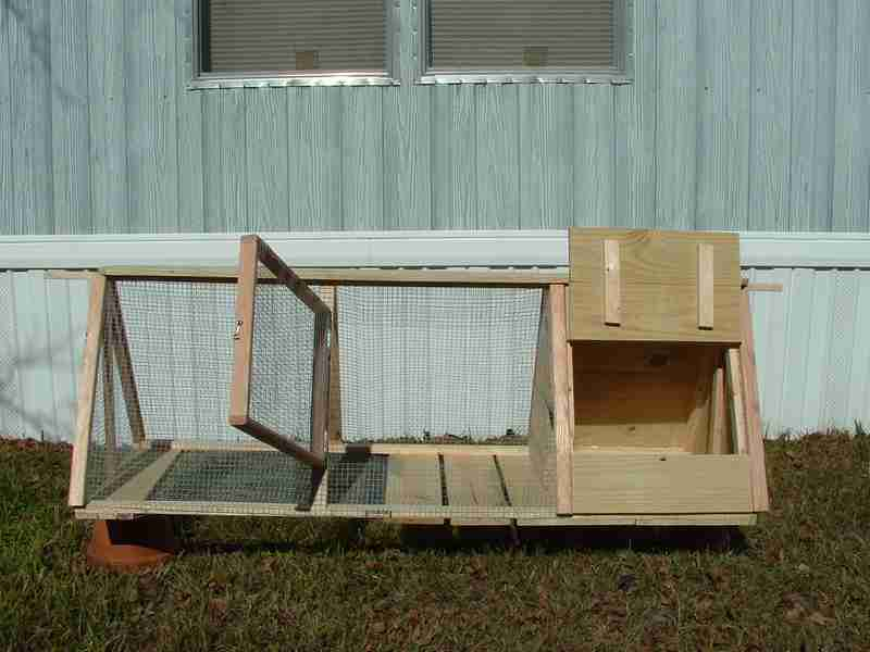 German Styler Rabbit Hutch (12)