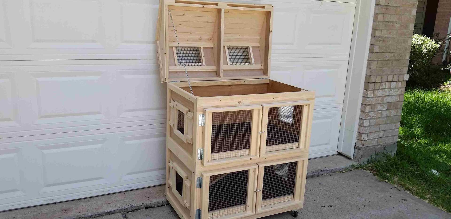 Little House Guinea Pig Cage (6).jpg