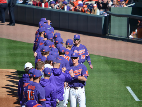Clemson drops first midweek game of the season to the Chanticleers