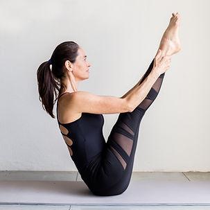 Joyce Cruvinel Pilates Instructor