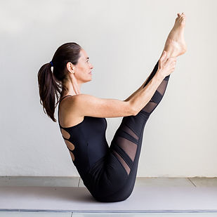 Joyce Cruvinel Pilates Instructor