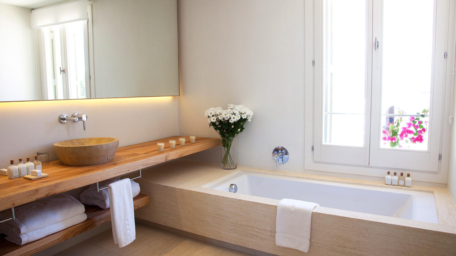 torralbenc-menorca-luxury-hotel-room-alb