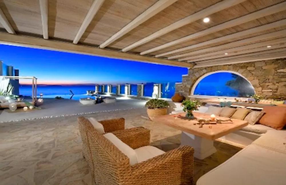 luxury private villa Mykonos with Helenika Travels