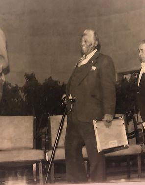 Don Rafa y su Heritage Fellowship Award