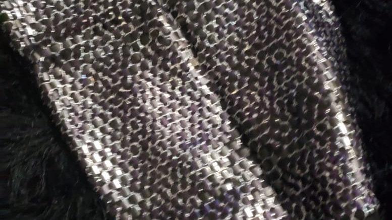 Negro y Plata: Medio Turbante