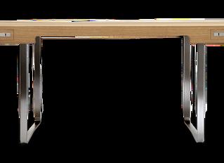 CH110   skrivebord   Tegnet af Hans J. Wegner i 1970