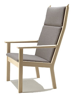 Getama model GE284A høj stol - tegnet af Hans J. Wegner