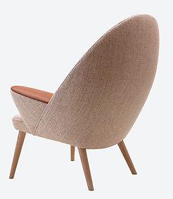 PP-Møbler model PP521 Polstret Påfugle stol set bagfra - tegnet af Hans J. Wegner