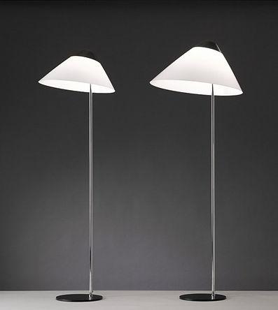 Opala mini og midi gulvlampen tenet a Has J. Wegner