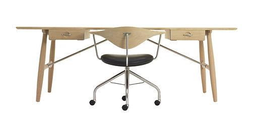 Wegner skrivebord med kontorstol