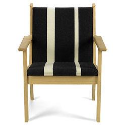 Getama model GE284 lav stol - tegnet af Hans J. Wegner