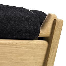 Getama model GE375 stol med ryg detalje - tegnet af Hans J. Wegner