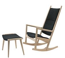 PP-Møbler model PP126 Gyngestolen med skammel - tegnet af Hans J. Wegner