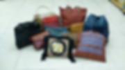 Taschen auf Boden 1.JPG