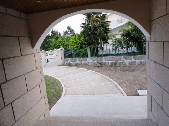 Arch and coating in granite
