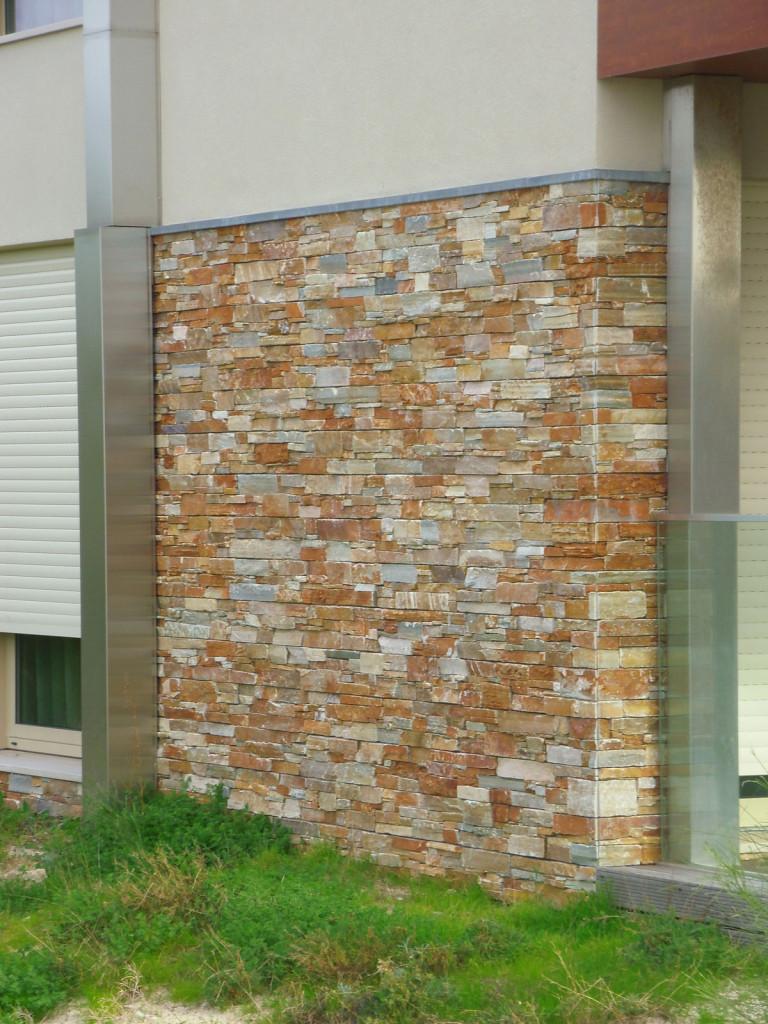 Quartzito-terra-placas-com-betão-Refª-99-61x152x3-4-6
