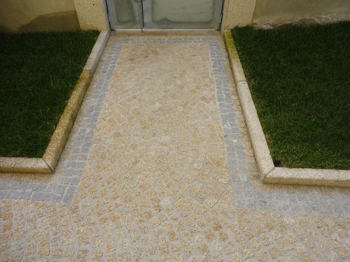 Kerbs granite sawn and sandblasted