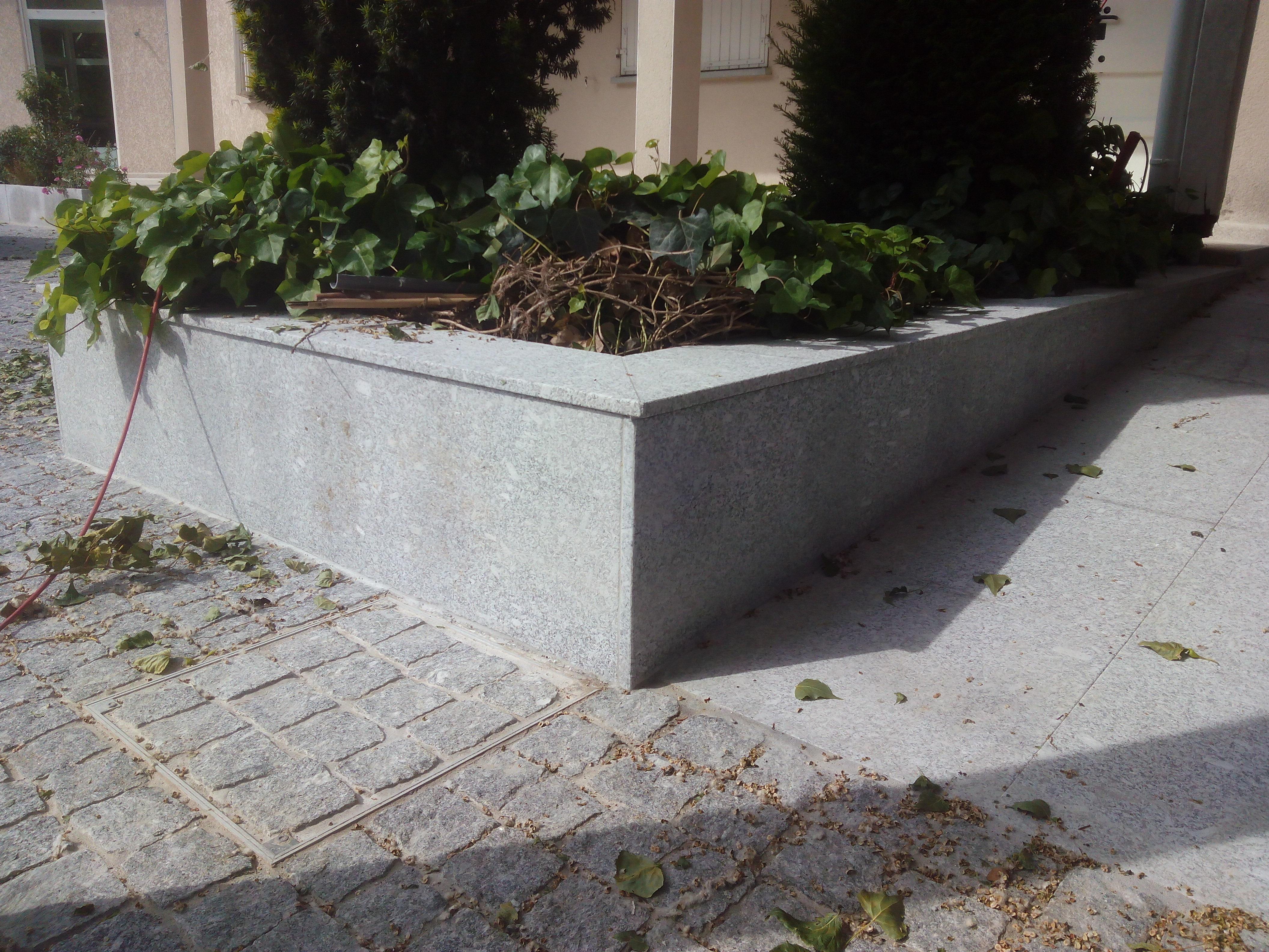 Revêtement de massif en granit
