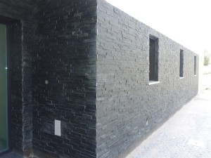 Quartzito-preto-placas-de-55x15x1-2-Refº-045-1