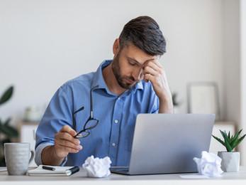 ¿Trabajando duro o durando en el trabajo?