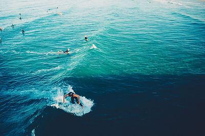 surfen-surfer-wellen-4760.jpg