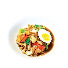 29.Rard Nah Pak (ราดหน้าผัก)