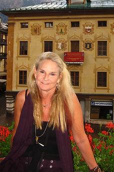 Carolyn Costin in Italy