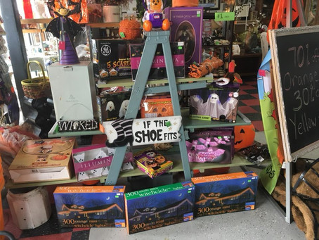 Great Selection of Halloween Deco...