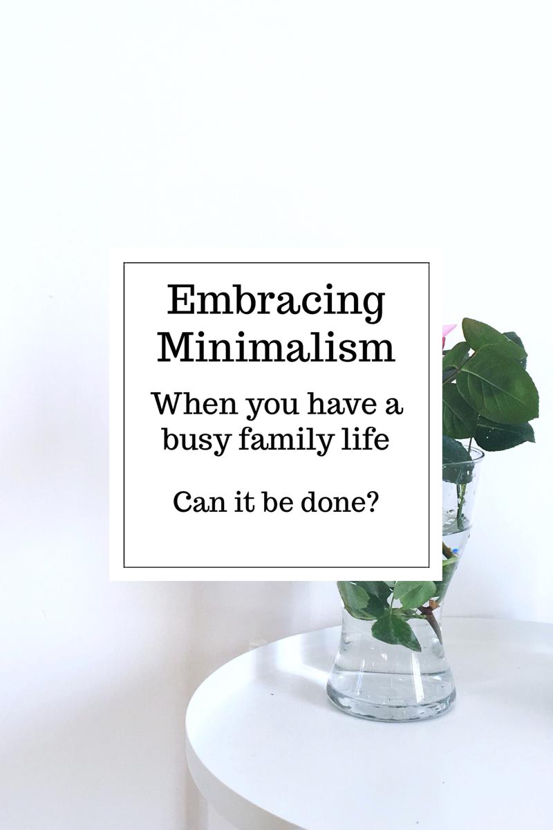 living simply, simple living, living minimalistically, minimalist living tips, minimalist style, decluttering tips, kon mari
