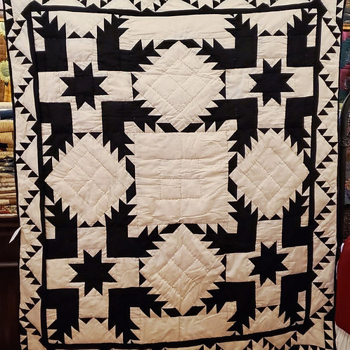 COAL FEATHERED STAR HAND QUILTED THROW