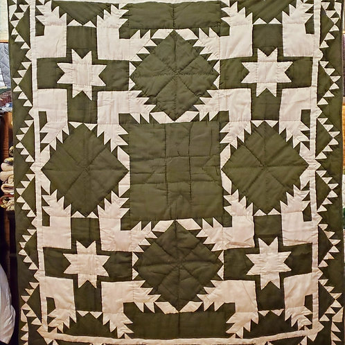 GREEN FEATHERED STAR HAND QUILTED THROW