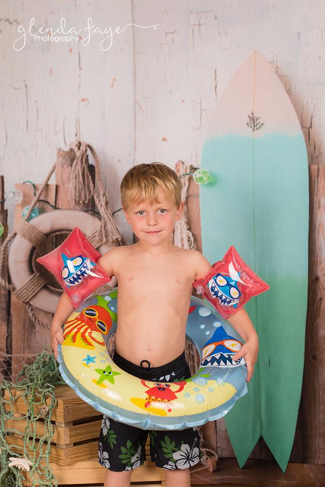 FACEBOOK Surf 1