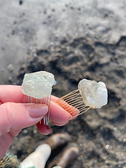 Crystal comb