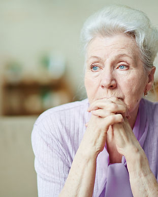 elderly-woman-pmqbjvw.jpg