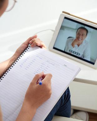 studying-online-VHP3DYG.jpg