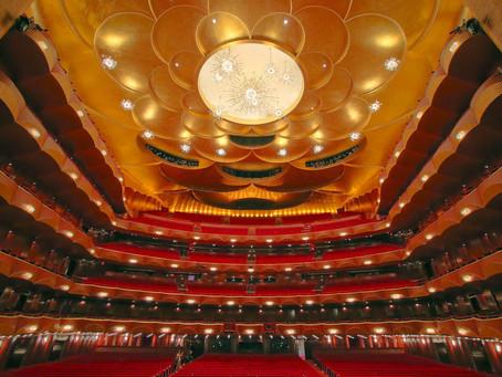 Metropolitan Opera gives free access