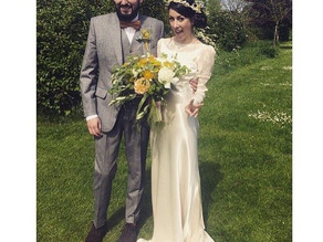 Original 1930's Wedding dress ?or was it a 1970's vintage reproduction ?