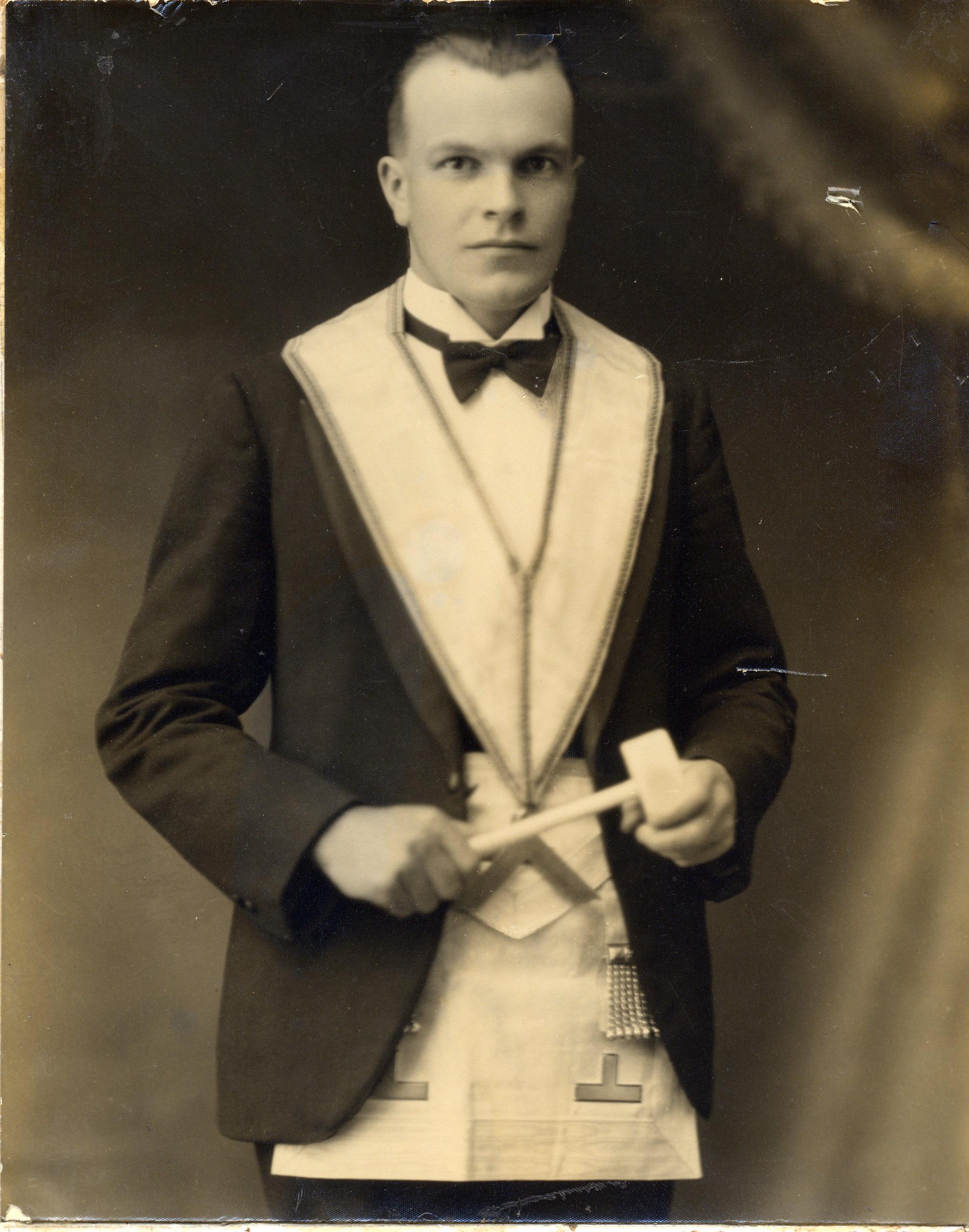 John Coles 1932-33.jpg