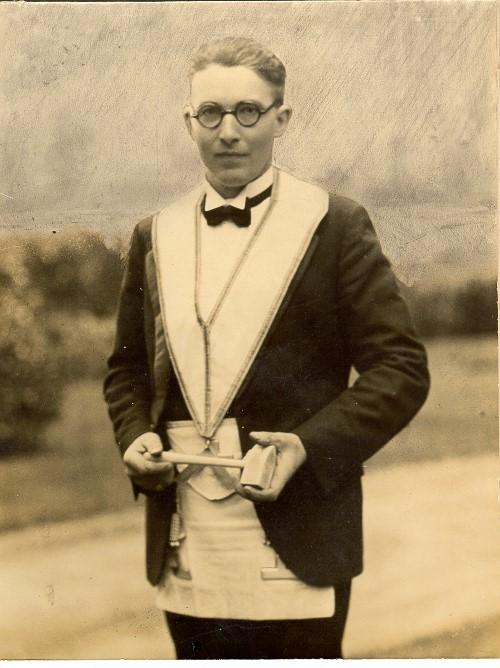 Colin George McInnes 1931 - 32