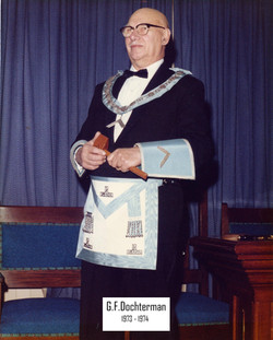 G.F.Dochterman 1973 - 74