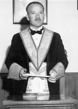 Robert Norman Dick 1946 - 47