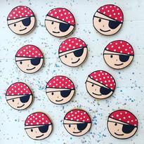 Commande de 12 pirates en biscuit, un pe